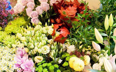Kurz vázání kytic v květinovém ateliéru