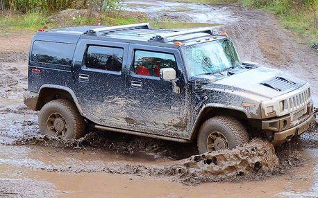Offroad dobrodružství: jízda v Hummer H2 Luxury