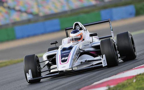 Jízda ve Formuli F4 okruhu