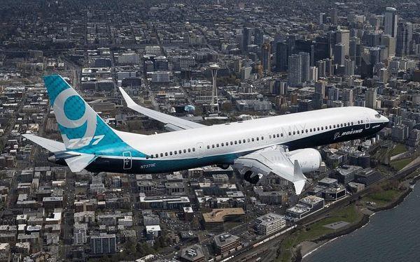 Zalétej si na simulátoru Boeingu 737 a přistaň jako Sully3