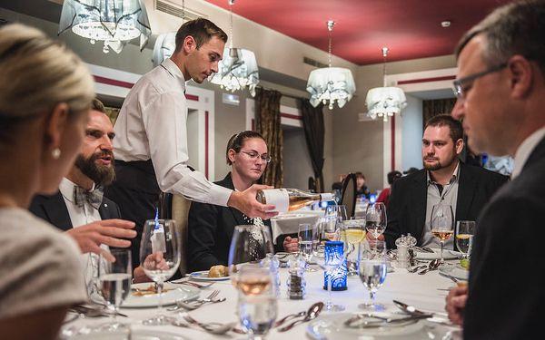 Etiketa u stolu, Praha 1, 1 osoba, 3 hodiny2