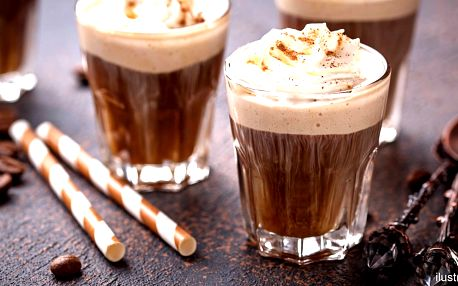 Ledová káva se zmrzlinou pro dva - i s sebou