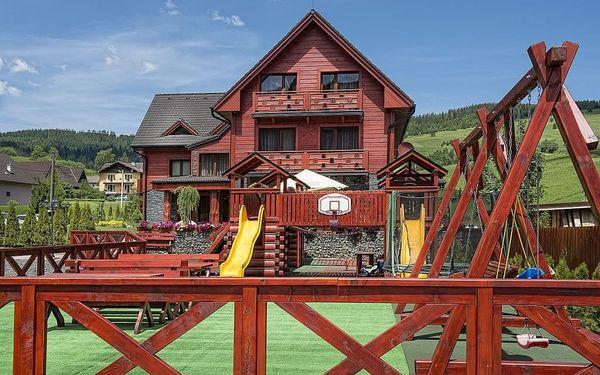 Winter & Summer Resort