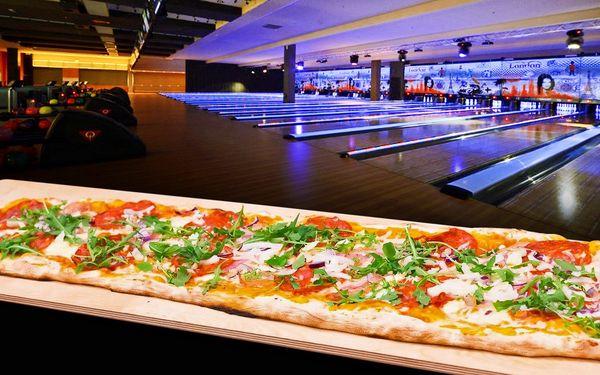Největší pizza v nejmodernějším bowling centru