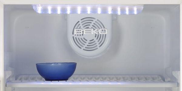 Chladící vitrína Beko WSA 24000 bílá3