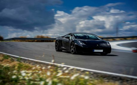 Fantastická jízda v Lamborghini Gallardo na okruhu (polygonu)