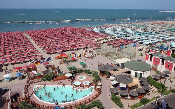 Dominanty San Marina s pobytem na pláži v Rimini: odpolední koupání a slunění2