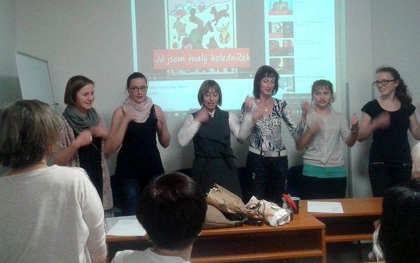 Kurz znakového jazyka s akreditací MŠMT: 80 vyučovacích hodin a osvědčení3