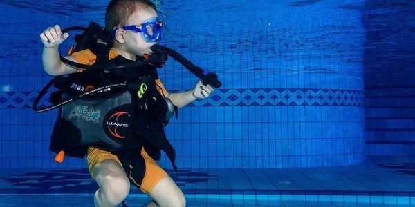 Potápění v bazénu, 6 hodin, počet osob: 1, Brno (Jihomoravský kraj)3
