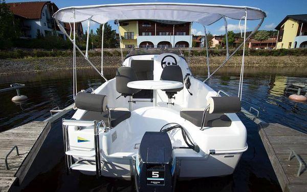 Lipno motorovým člunem2