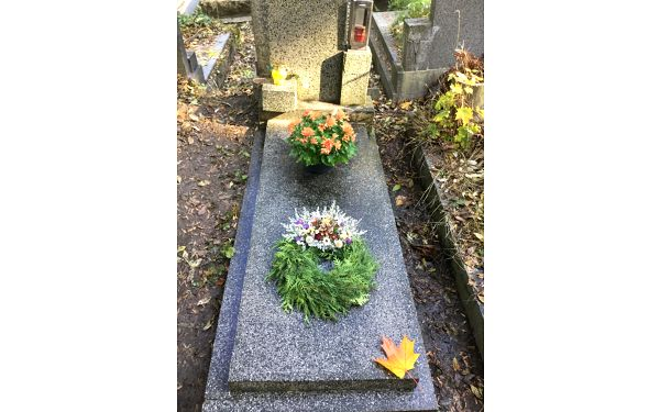 Nadstandardní služba: úklid hrobu jednorázově, ale i 4× za rok5