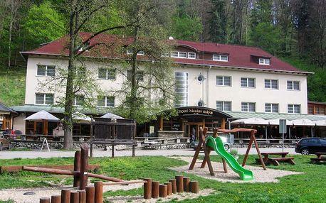 Silvestrovský pobyt v Moravském krasu v hotelu Skalní mlýn