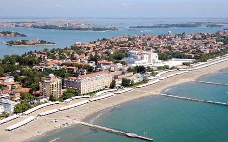 Den na pláži u moře v Benátkách a večerní Benátky včetně plavby, autobusem