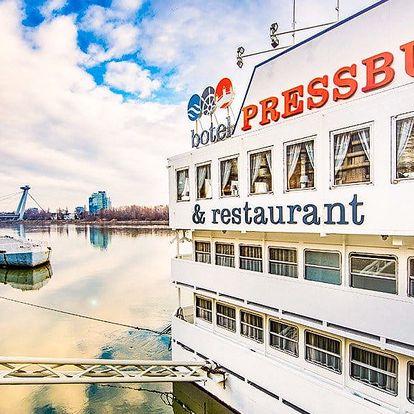 Pobyt v bratislavskom boteli Pressburg*** na Dunaji