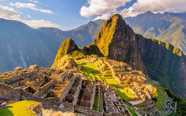 Po stopách dávných civilizací, Peru, letecky, snídaně v ceně