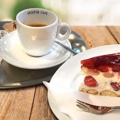 Káva, cappuccino, zákusek nebo domácí limonáda