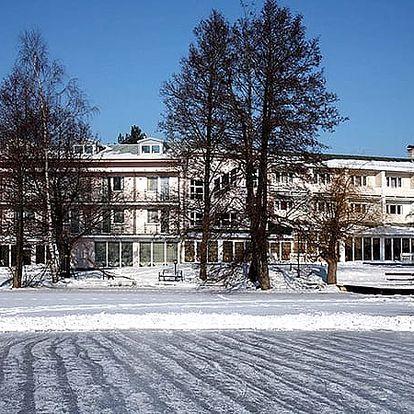 Wellness pobyt pro dva v Hotelu Riviera s polopenzí, živá hudba, wellness - vnitřní bazén, vířivka.