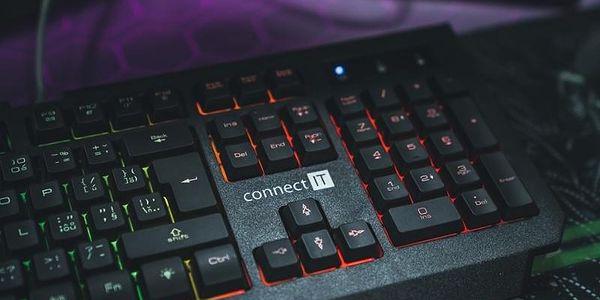 Klávesnice Connect IT Battle Rainbow, CZ černá (CI-1129)2