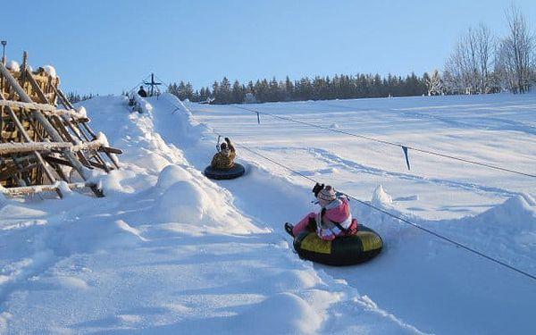 Snowtubing Rokytnice: zábava a adrenalin na sněhu pro rodiny i kamarády5