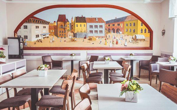 Romantický odpočinek v centru Košic: snídaně, wellness a třeba i masáž4