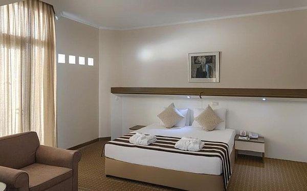Hotel Green Max