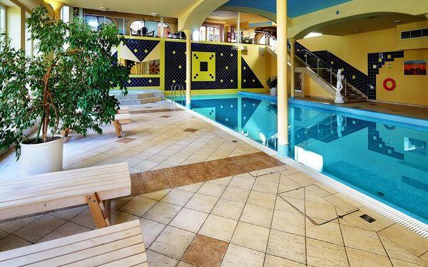 2 noci pro 2 osoby v pokoji Executive v Top Hotelu Praha **** se snídaní5