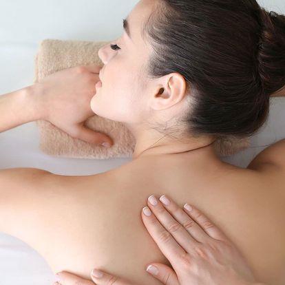 Breussova masáž s třezalkovým zábalem i láv. kameny