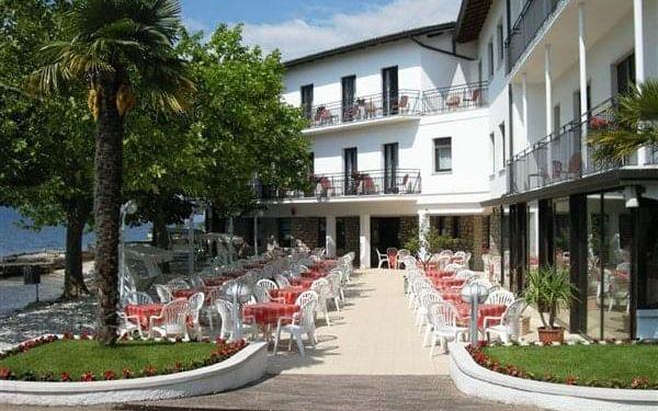 SANTA MARIA - Brenzone, Lago di Garda, vlastní doprava, polopenze3