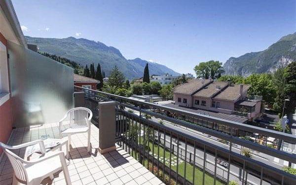 BRIONE - Riva del Garda, Lago di Garda, vlastní doprava, snídaně v ceně4