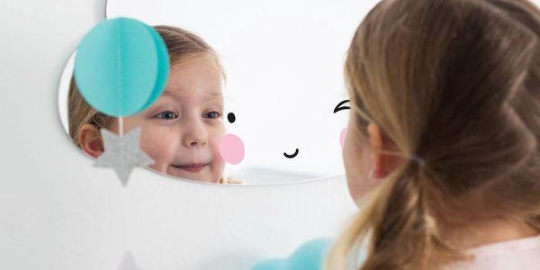 A Little Lovely Company Zrcadlo ve tvaru obláčku Cloud, čirá barva, plast3