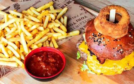 Chefs burger s hovězím a hranolky pro 1 i 2 osoby