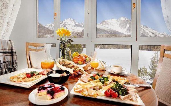 Ubytování v rodinném hotelu přímo na břehu Štrbského plesa, Vysoké Tatry, vlastní doprava, snídaně v ceně2