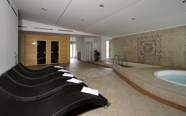 Ubytování v rodinném hotelu přímo na břehu Štrbského plesa, Vysoké Tatry, vlastní doprava, snídaně v ceně3