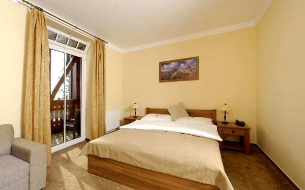 Ubytování v rodinném hotelu přímo na břehu Štrbského plesa, Vysoké Tatry, vlastní doprava, snídaně v ceně5