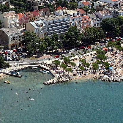 Chorvatsko - Crikvenica na 10 dní, polopenze s dopravou autobusem, 50 m od pláže