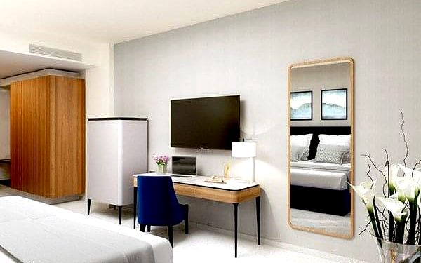 Hotel ASTOR GARDEN4