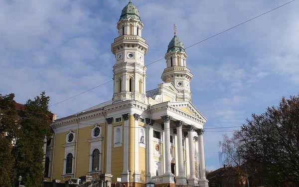 Krakov, Lvov a Podkarpatská Rus - 9 dní s dopravou, ubytováním a snídaní2