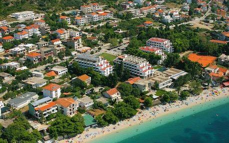 Chorvatsko - Gradac na 10 dní, polopenze s dopravou autobusem, 50 m od pláže