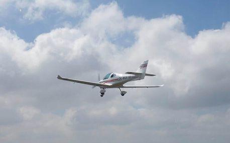 Let ve sportovním letounu