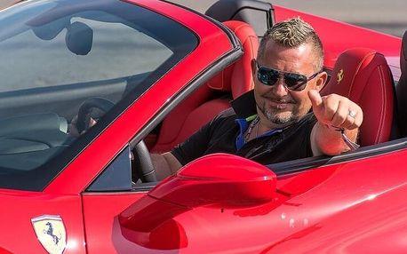 Jízda ve Ferrari na plný pecky!