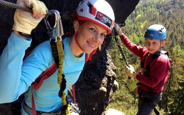 Kurz lezení via ferrat bezpečně   Dolní Světlá   květen – říjen   4 - 5 hodin3