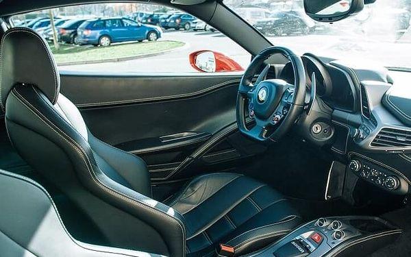 Jízda ve Ferrari 458 Italia - 10 minut | Olomouc | 1. duben – 31. říjen | 10 minut + instruktáž (bez PHM)3