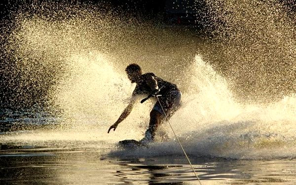 Wakeboarding - 30 minut | Orlická přehrada - Radava | od 1.7. do 15.9. | 30 minut + instruktáž3