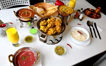 Mustang nepálská a indická restaurace