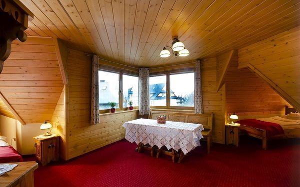 Čtyřlůžkový pokoj se 2 manželskými postelemi3