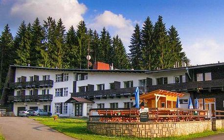Beskydy v Hotelu Bečva v objetí turistických chodníků s infrasaunou, sportovními aktivitami a polopenzí