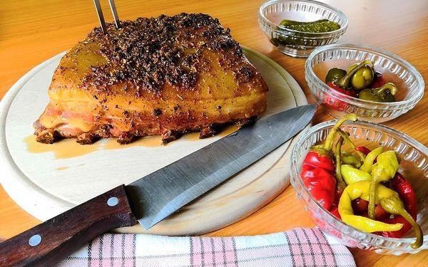 Královská žebírka v medové marinádě a směsi koření s kváskovým chlebem4