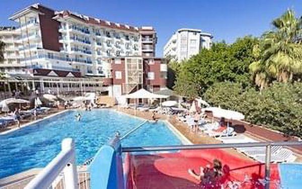 Hotel Maya World Beach
