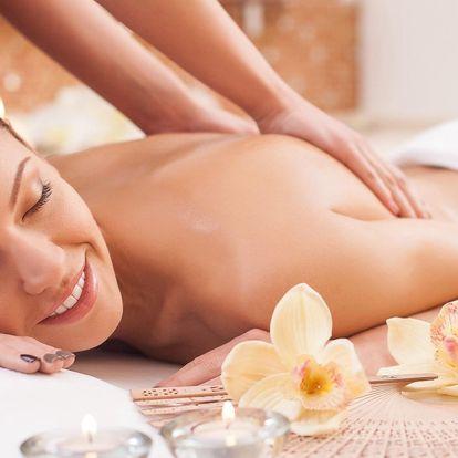 Částečná nebo celotělová sportovní masáž
