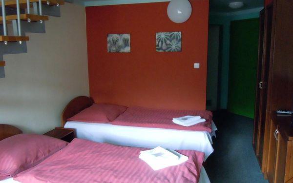 Dvoulůžkový pokoj s oddělenými postelemi4